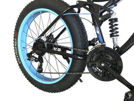 detalle fat extreme terrain azul